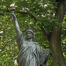 Photos of the left bank h tel des invalides l assembl e - Jardin du luxembourg statue of liberty ...
