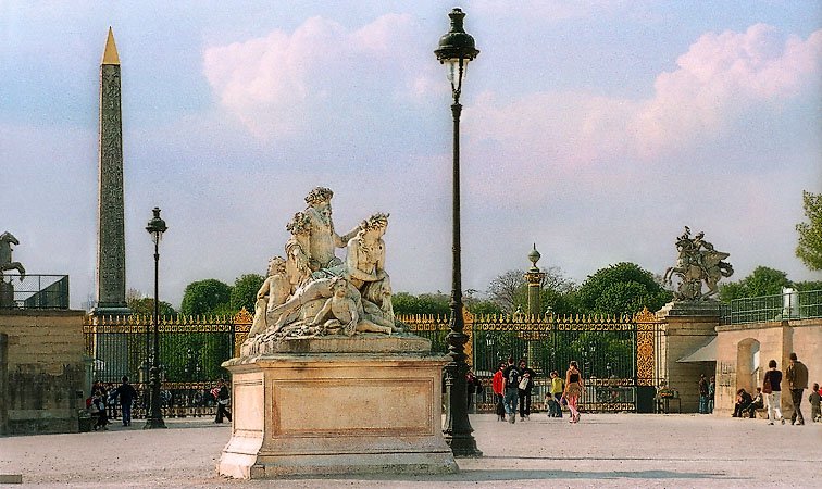 The western side of the jardin des tuileries for Jardin des tuileries