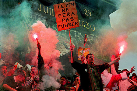People protesting against the National Front on boulevard Beaumarchais, May First 2002.